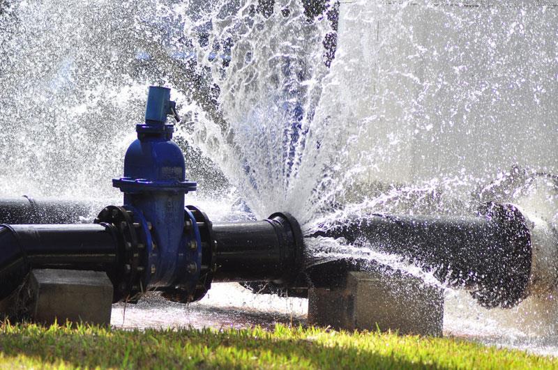 Inovações tecnológicas combatem o desperdício de água e aumentam eficiência no setor de saneamento básico