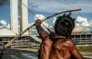 Com críticas a Bolsonaro, indígenas se reúnem em Brasília